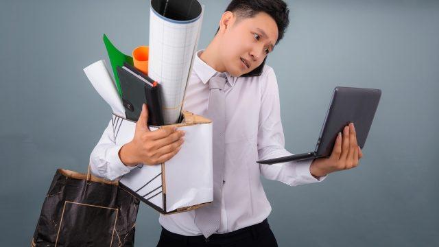 薬剤師が忙しい仕事の愚痴や悩みを紹介します